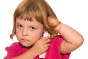 Ускладнення при отиті у дитини