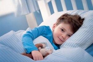 Енурез у дітей: причини і допомога малюкові