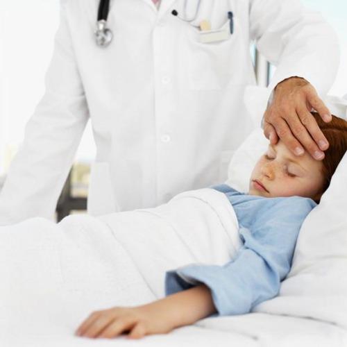 Коли дитині потрібна лікарська допомога і госпіталізація