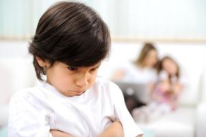 Дитяча заздрість. Як допомогти дитині
