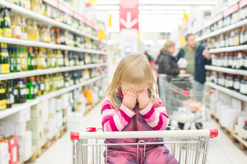 Дитячі істерики в магазині - що робити батькам?