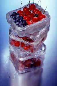 Заморожені фрукти та овочі в харчуванні дитини – корисні вони