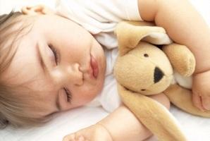 Міцний сон дитини – як його досягти