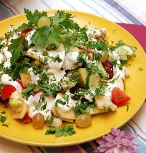 Вінегрет з фруктів і овочів