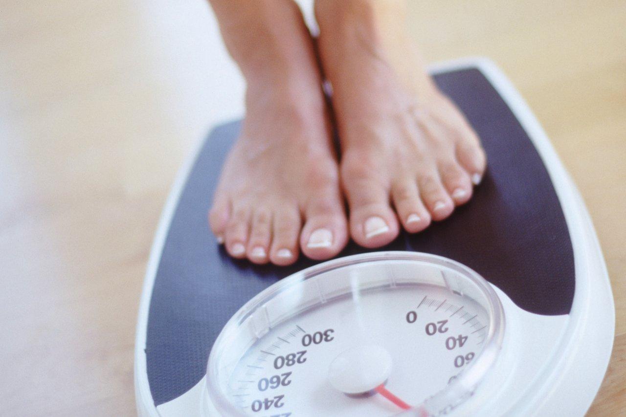 Стрімко втрачати вагу після пологів небезпечно!