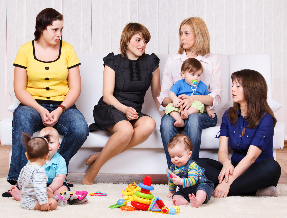 У будинку новонароджений – правила прийому гостей