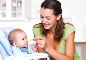 Особливості весняного прикорму малюків