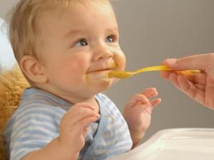 Педагогічний прикорм дитині: плюси і мінуси