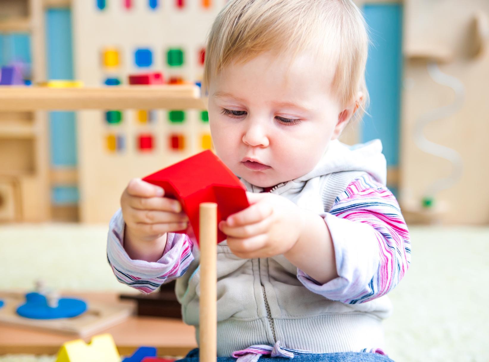 Общие рекомендации касательно ухода за ребенком в возрасте от 9 до 12 месяцев