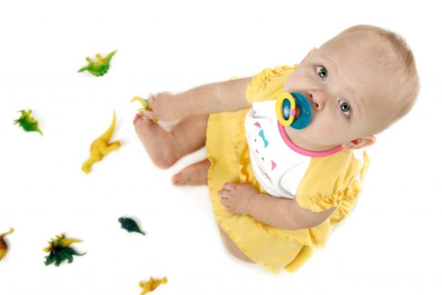 Пустушка для дитини - корисно чи шкідливо