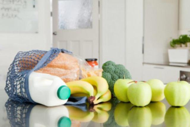 Харчування годуючої мами - що дозволено, що потрібно, а що заборонено