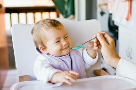 Харчування дітей на другому році