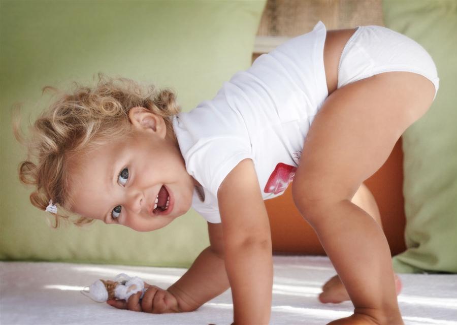 Гімнастика на другому році життя дитини