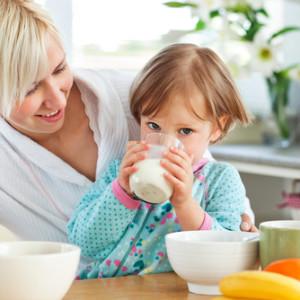 Правильний сніданок для малюка перед походом в дитячий садок
