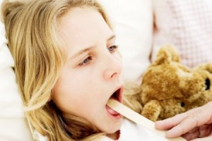 Як відрізнити ангіну у дитини від інших хвороб