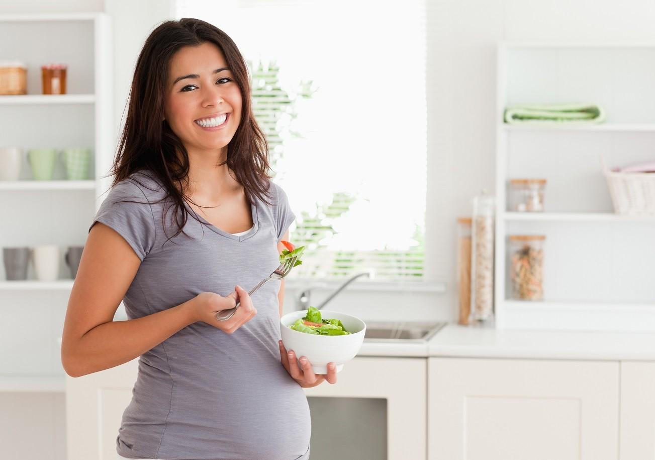 Вчені розповіли, як потрібно харчуватися жінці, щоб народився хлопчик