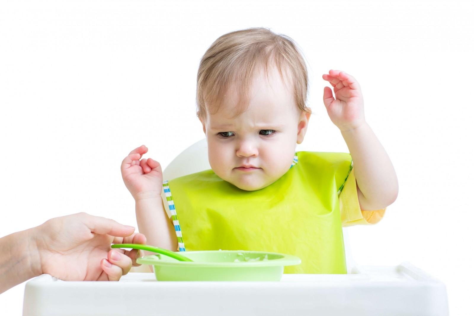 Помилки батьків у харчуванні дитини