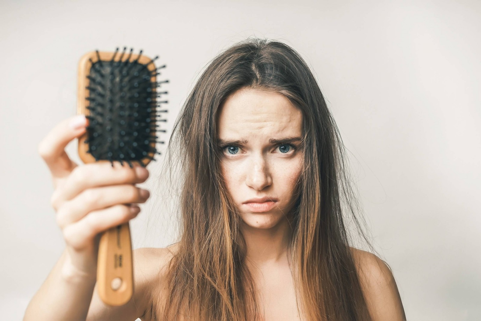Випадіння волосся після вагітності
