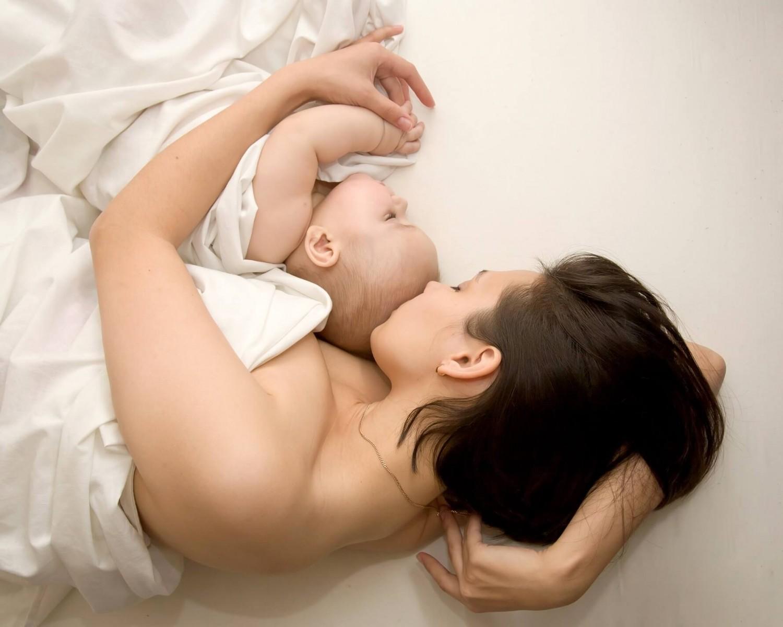 Спільний сон із немовлям