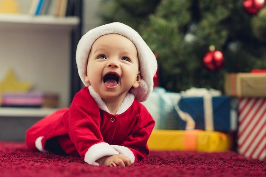 Перший Новий рік дитини: як відсвяткувати?