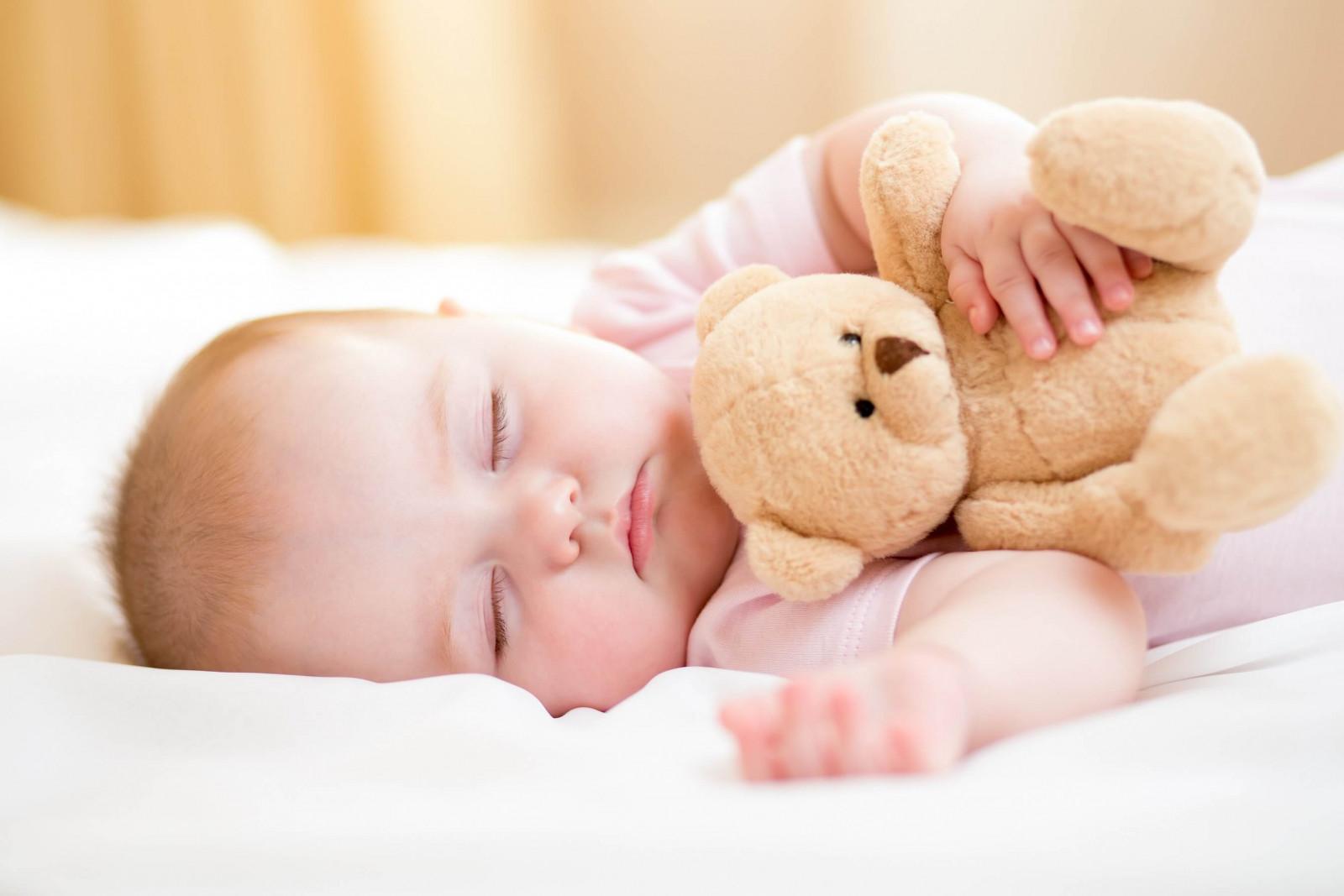 Сон грудничка: як уникнути проблем із засипанням