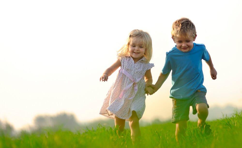 Дружба між дітьми в дитячому садочку