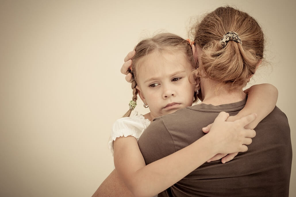 Ребенок ворует в школе или детском саду: что делать?
