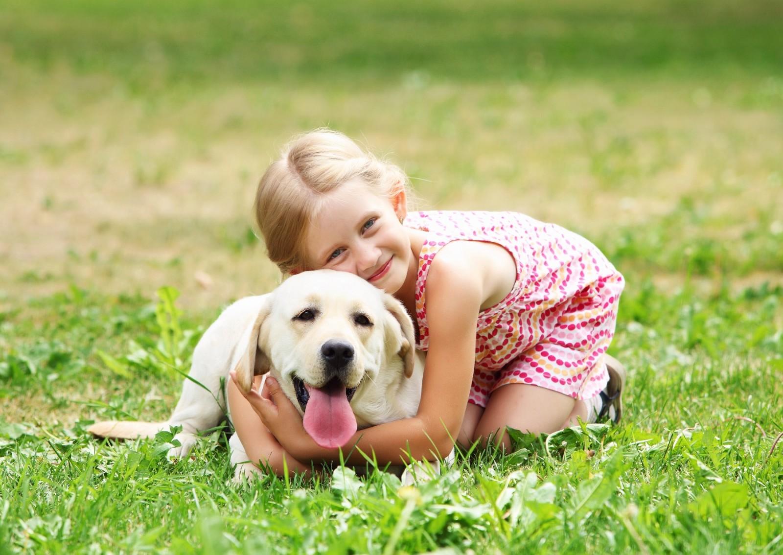 Дети и собаки в доме: как им подружиться