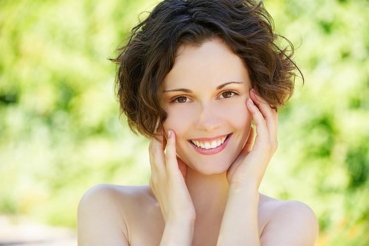 Проблема выпадения волос у женщины после родов