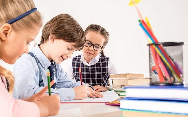 Вибір: старша група повторно чи перший клас у неповних 6 років